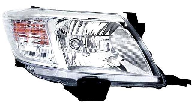 Faro Delantero Derecho Toyota Hilux año 2011 a 2015