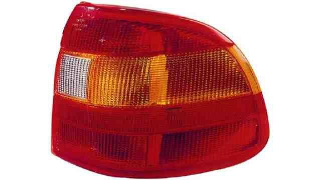 Piloto Trasero Derecho Opel Astra F 4p / Cabrio año 1991 a 1994