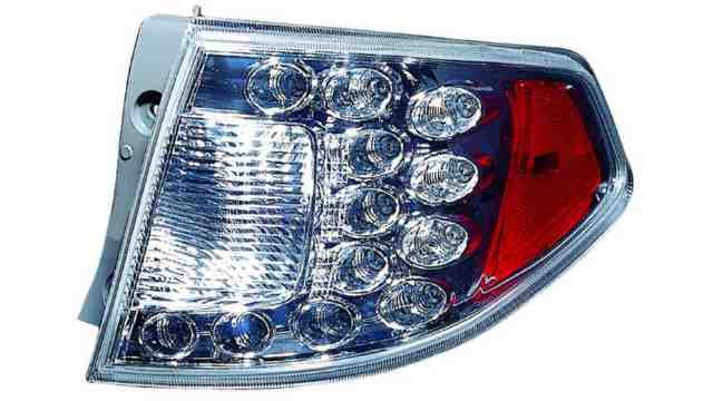 Piloto Trasero Derecho Subaru Impreza Hatchback 5p año 2008 a 2012 LED