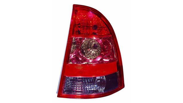 Piloto Trasero Derecho Toyota Corolla St. Wagon año 2004 a 2007