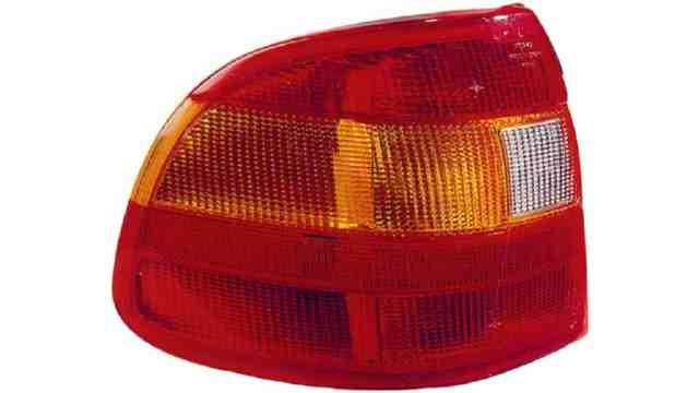 Piloto Trasero Izquierdo Opel Astra F 4p / Cabrio año 1991 a 1994