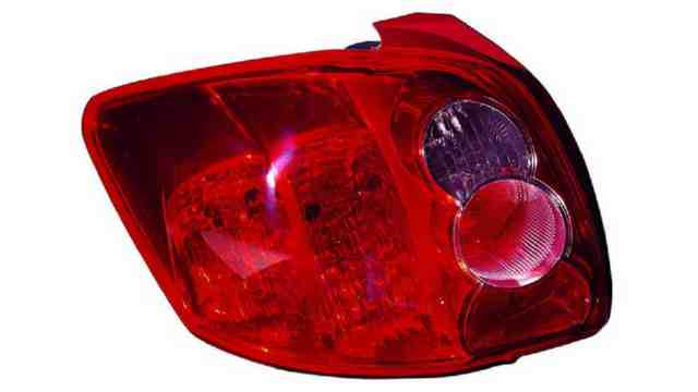 Piloto Trasero Izquierdo Toyota Auris 3/5p año 2007 a 2010